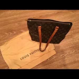 Authentic Louis Vuitton Tote Shoulder Handbag